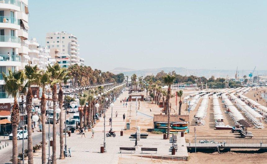 Туристам на Кипре нужно будет получить разрешение, чтобы выйти из отеля