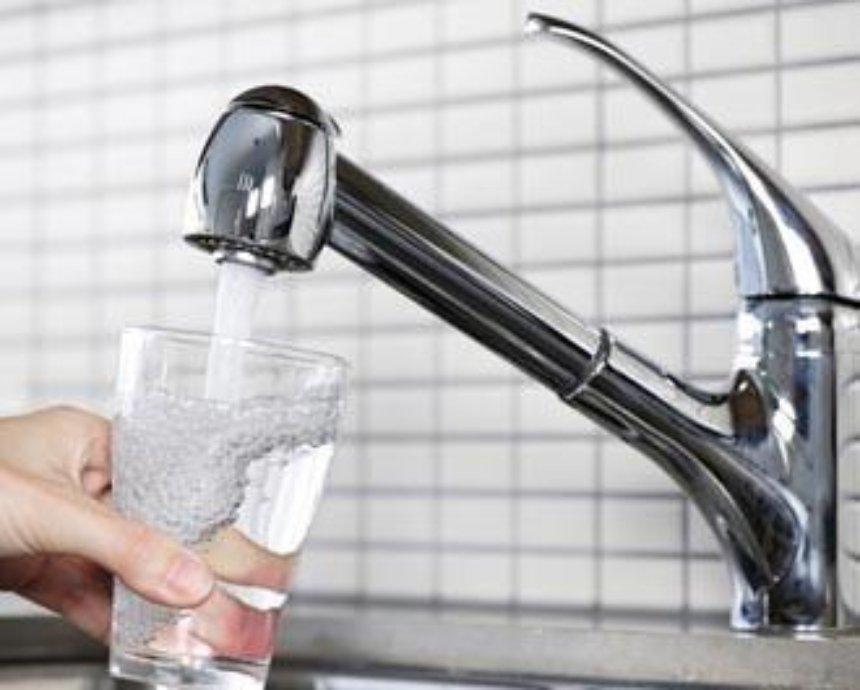 Оболонцы смогут первыми попробовать питьевую воду из-под крана