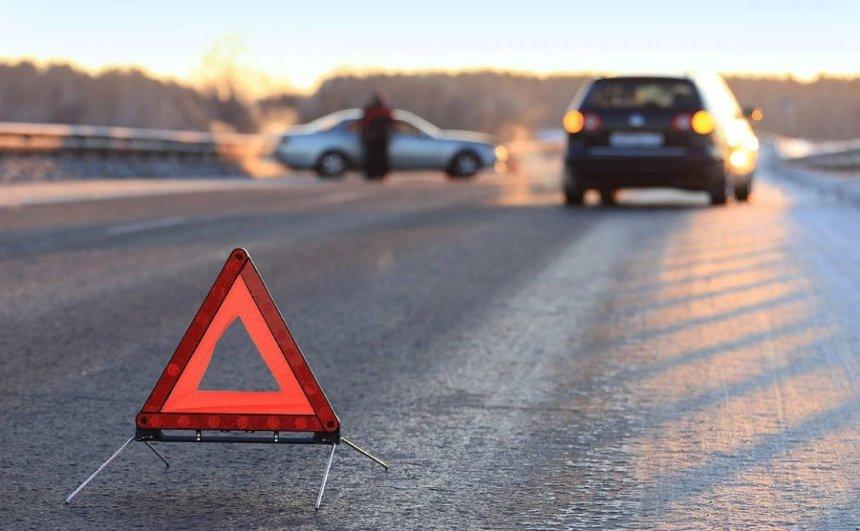 (Не)безпека на дорогах: хто і як перевищує швидкість в Україні та як це можна контролювати