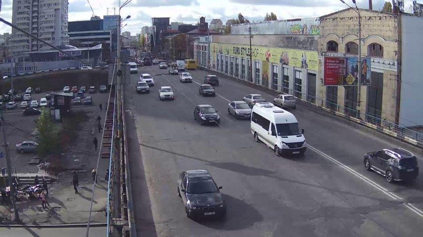 Ради Шулявского моста снесут один из цехов завода «Большевик»: стало известно когда