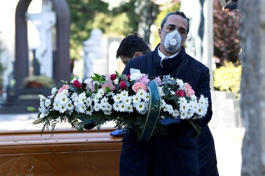 Киев возместит расходы на похороны умерших от COVID-19