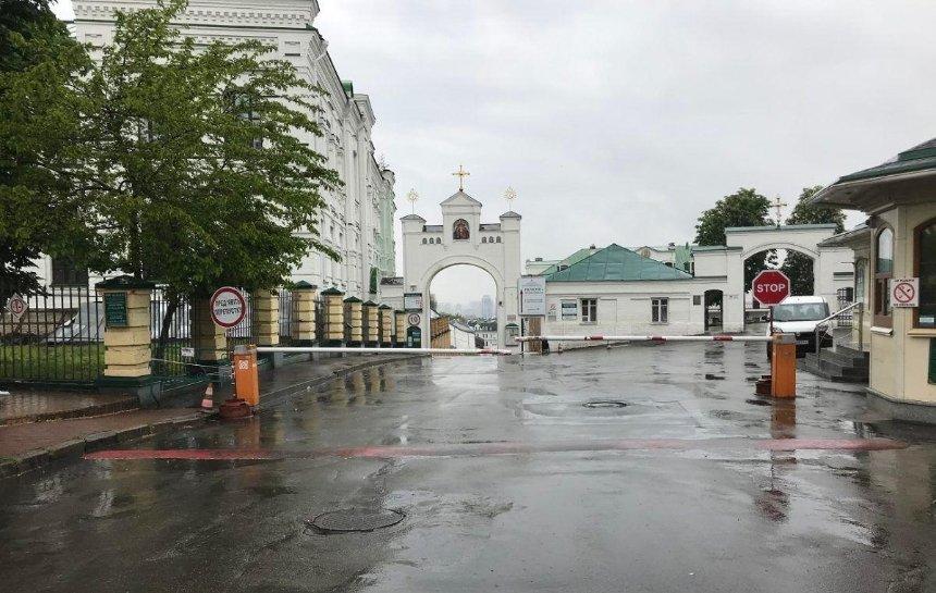 Киево-Печерская лавра открылась после карантина