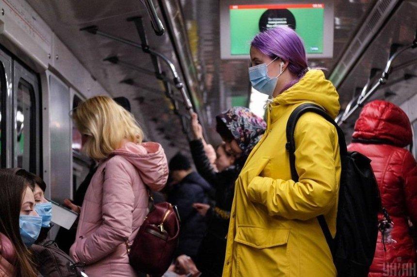 В Киеве с 1 июня будут ограничивать вход в метро: зачем