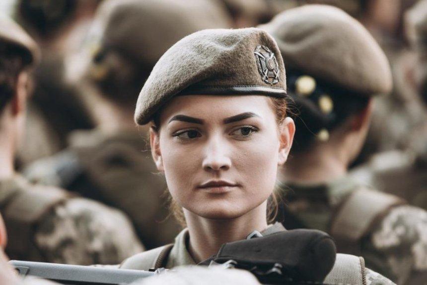 «Не только мужчины»: Рада решила переименовать День защитника Украины