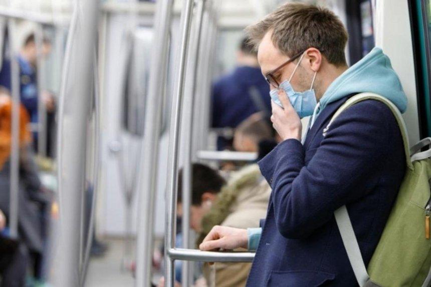 Супрун требует разместить в киевском метро антисептики