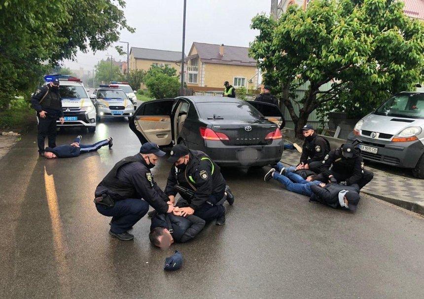 «Разборки» между перевозчиками: в Броварах произошла массовая перестрелка (обновлено)