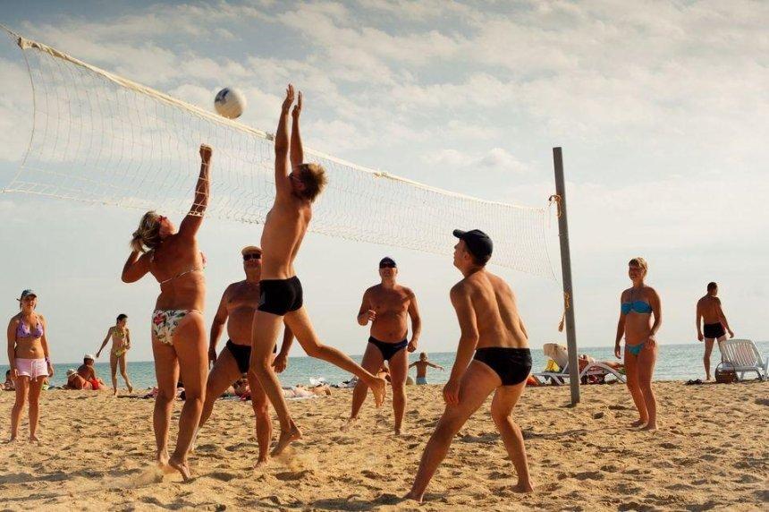 МОЗ разрешит открыть в Украине пляжный сезон