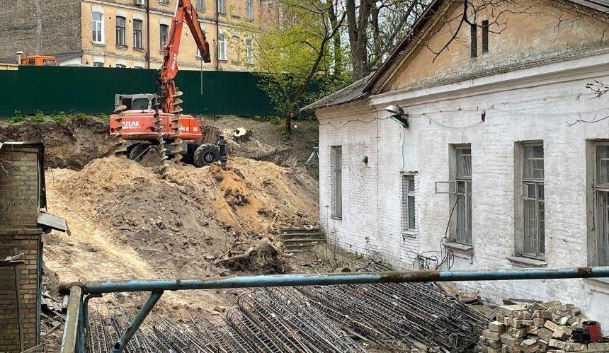 В Шевченковском районе под угрозой сноса 120-летний особняк