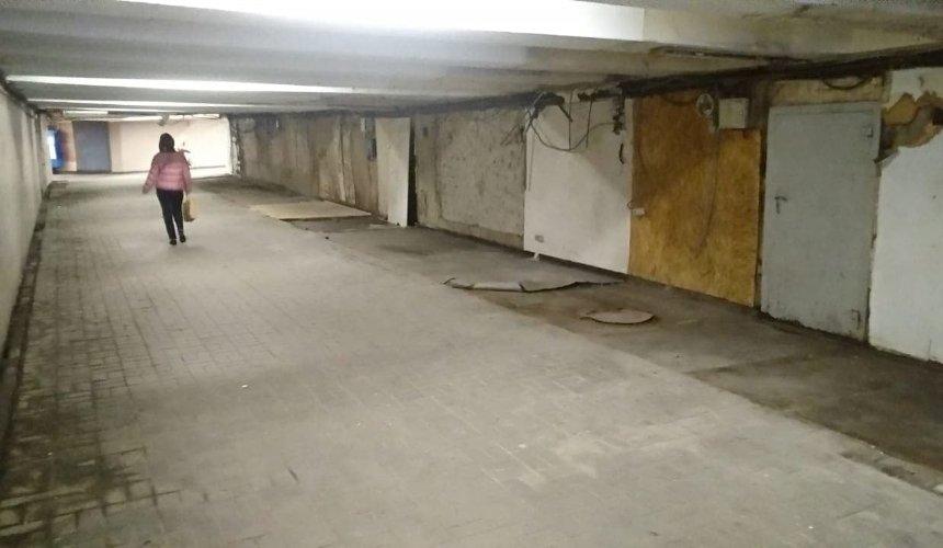 Переходы возле станций «Арсенальная» и «Лыбидская» очистили от МАФов