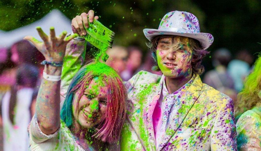 На ЮБК в Киеве пройдет индийский фестиваль красок Холи
