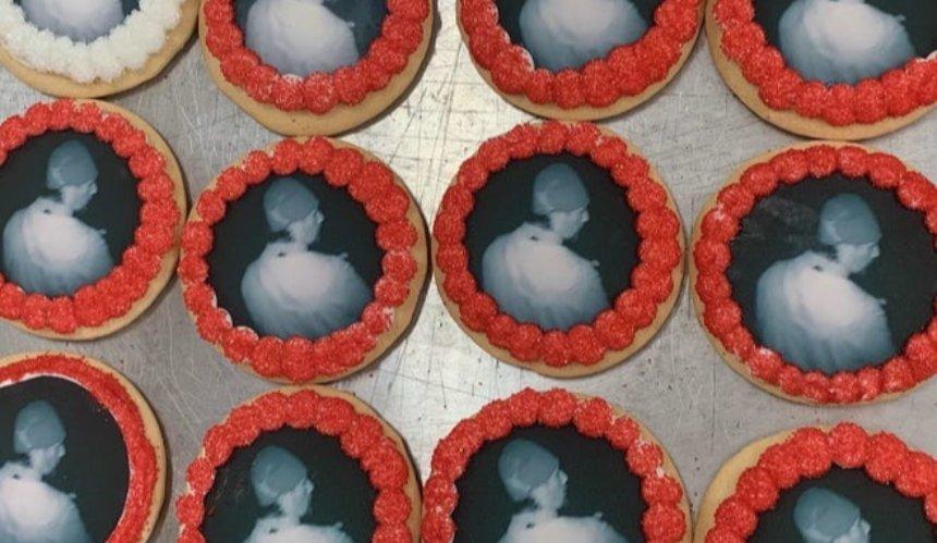В США грабителя пекарни задержали по фото на печеньях