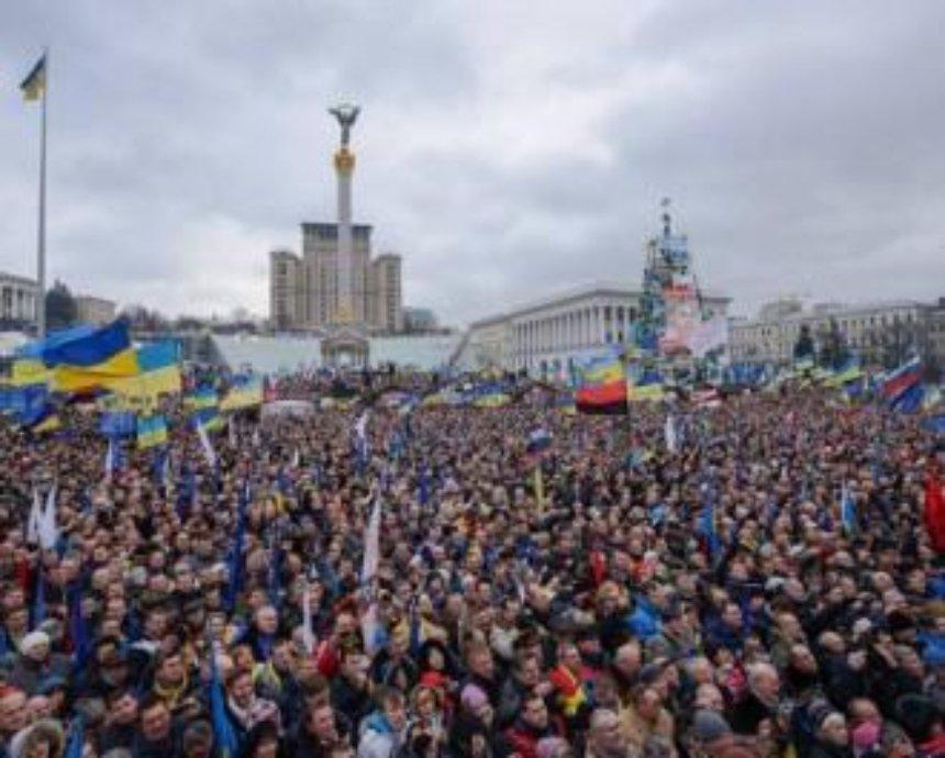 Представители сотни с Майдана совершили вооруженное нападение на дом нардепа В.Олийныка