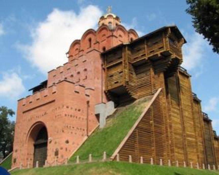 Фальшивый Киев: три поддельных исторических памятника украинской столицы