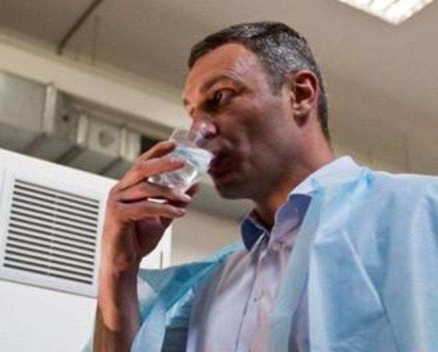 Как Кличко проверял новую воду на Оболони
