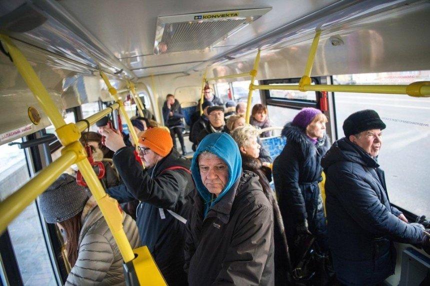 Киевлянин предлагает сделать общественный транспорт без сидений