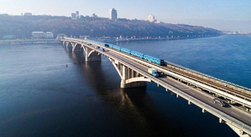 Мост Метро может обрушиться в ближайшее время