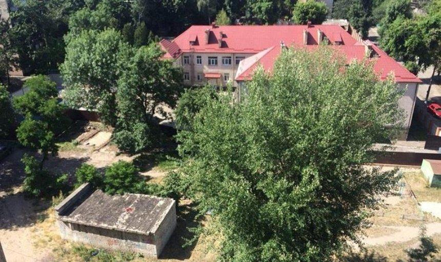 В Соломенском районе обустроят новый сквер (фото)