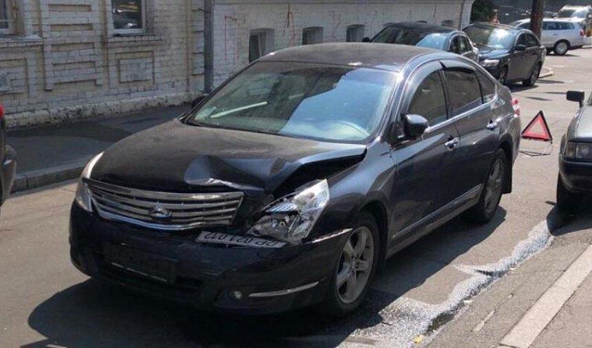 Водитель авто на иранских номерах пытался скрыться с места ДТП (фото, видео)