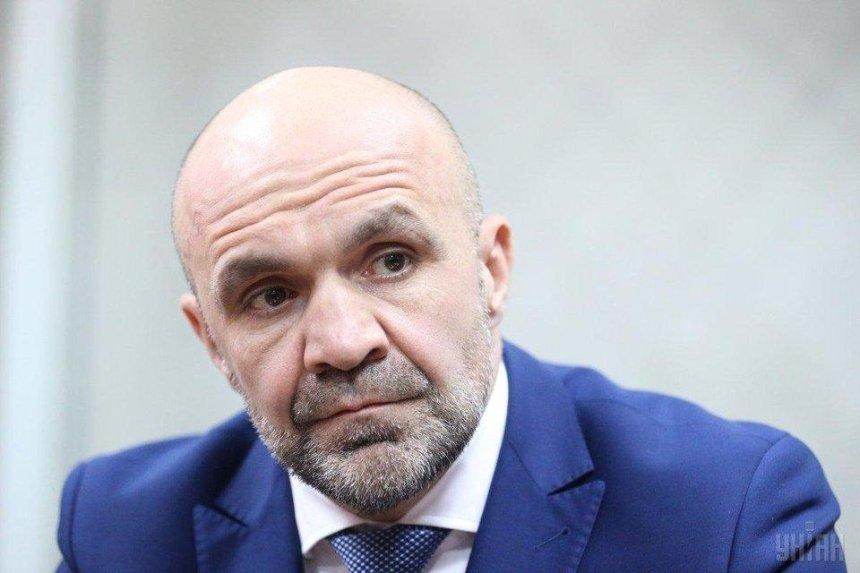 Дело Гандзюк: голову Херсонского облсовета Мангера задержали и везут на суд в Киев