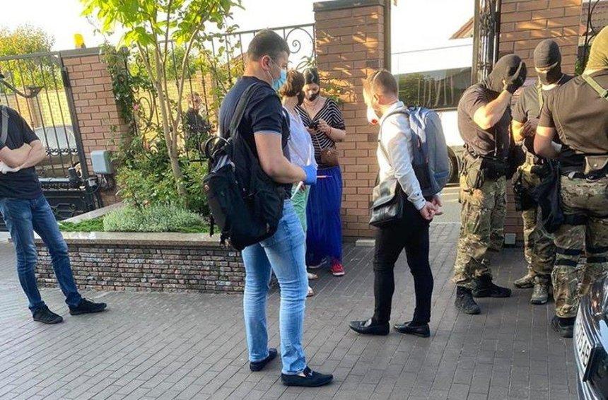 Экс-министр инфраструктуры Омелян заявил, что к нему пришло с обысками ГБР