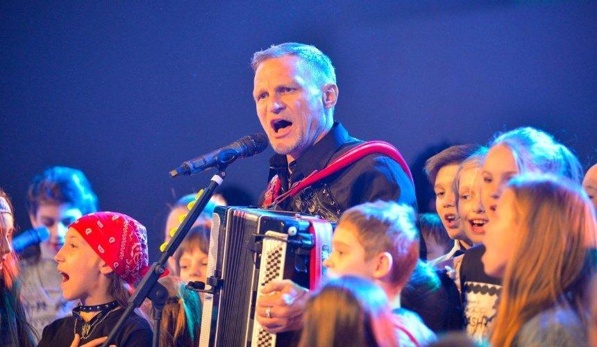 Олег Скрипка приглашает на благотворительный детский ROCK БАЛ