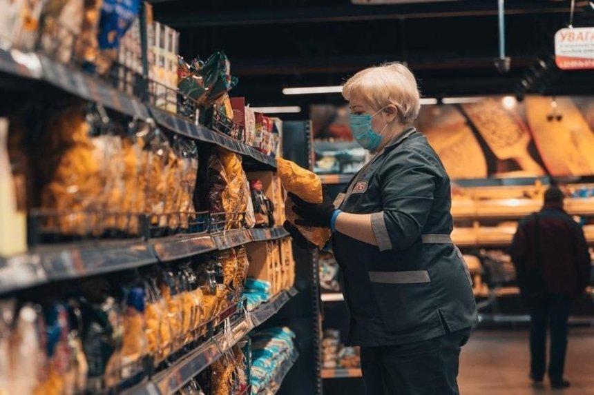 В Киеве коронавирус выявили у сотрудников 35 магазинов, супермаркетов и ресторанов