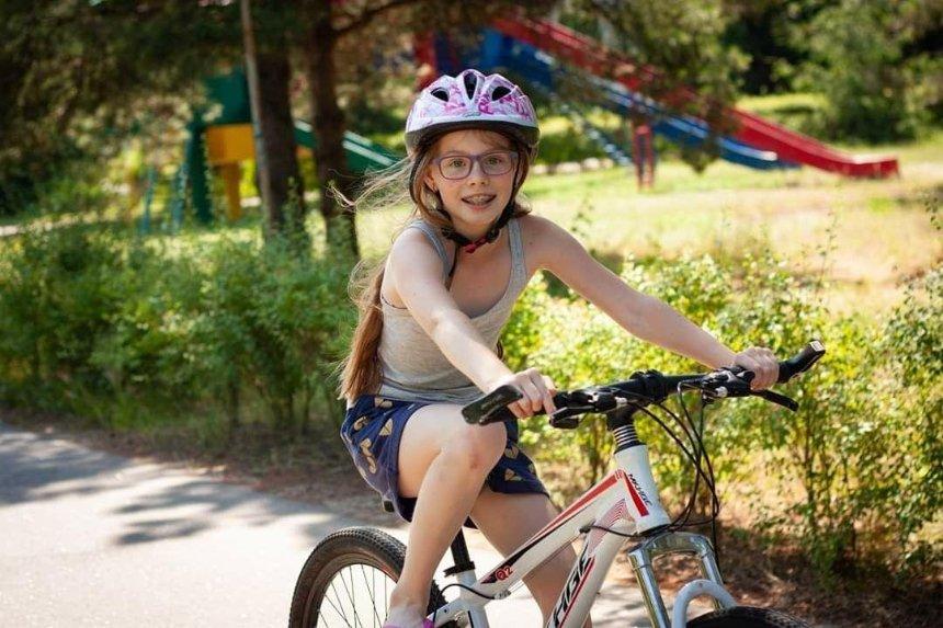 Как развлечь ребенка-школьника летом: лагеря в Киеве и за городом