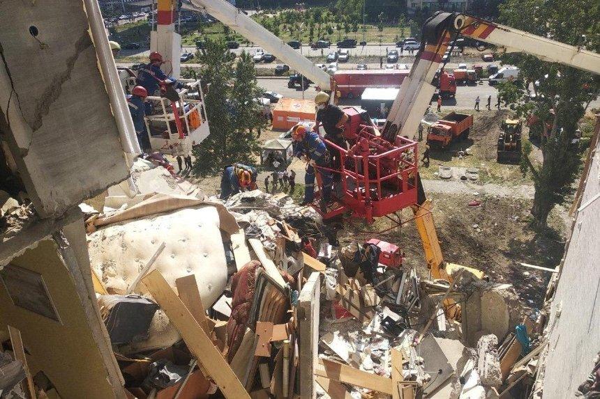 Взрыв на проспекте Григоренко: трое человек погибли, пятеро получили травмы