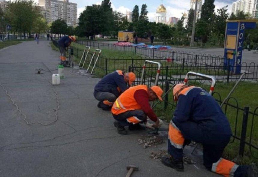 В Дарницком районе установили велопарковки