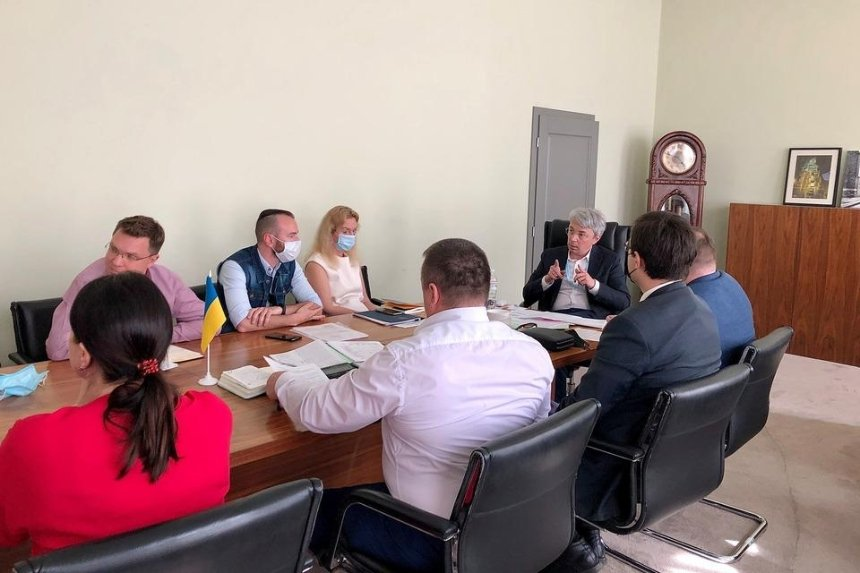 Минкульт намерен выделить Довженко-Центру 8,6 млн грн, — Ткаченко