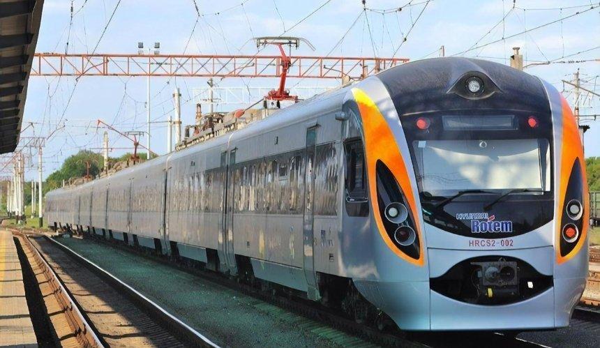 Поезд Киев— Львов превратят в«Джазовый экспресс»