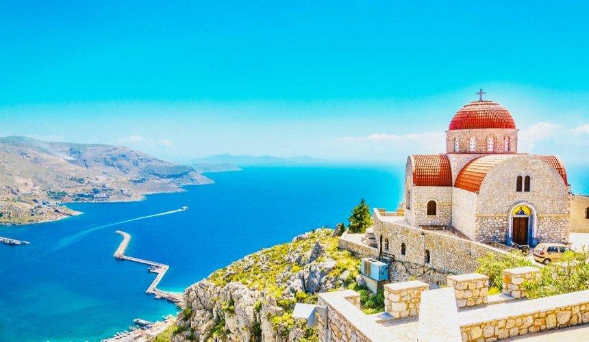 SkyUp запускает рейсы на острова Греции