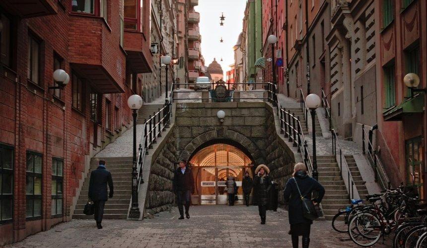Правительство Швеции обвинили в провале борьбы с пандемией