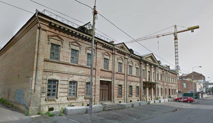 Окружной админсуд Киева разрешил строить новый отель на Спасской