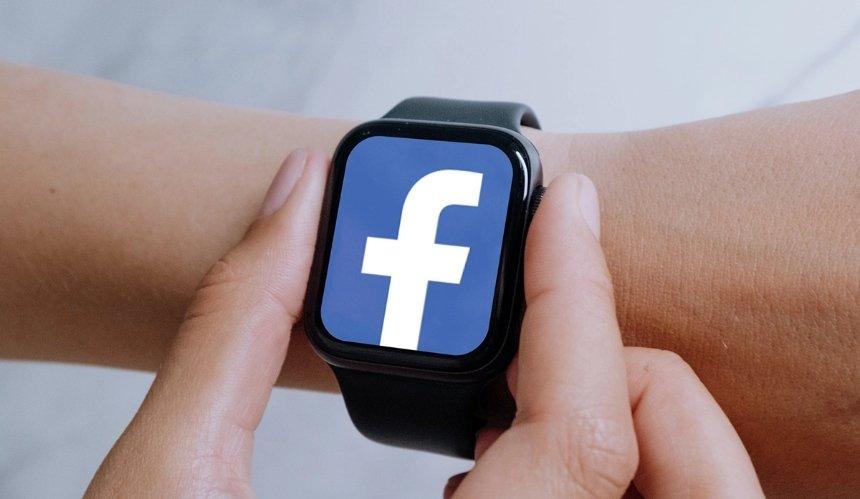 Facebook выпустит собственные смарт-часы клету 2022-го,— СМИ