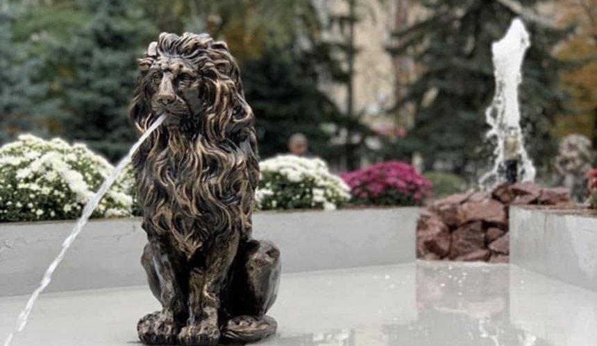 ВМюнхенском сквере неизвестные украли львов изнового фонтана