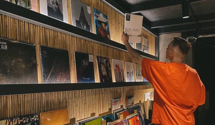 Первый магазин винила Play Vinyl откроется Киеве: что там будет
