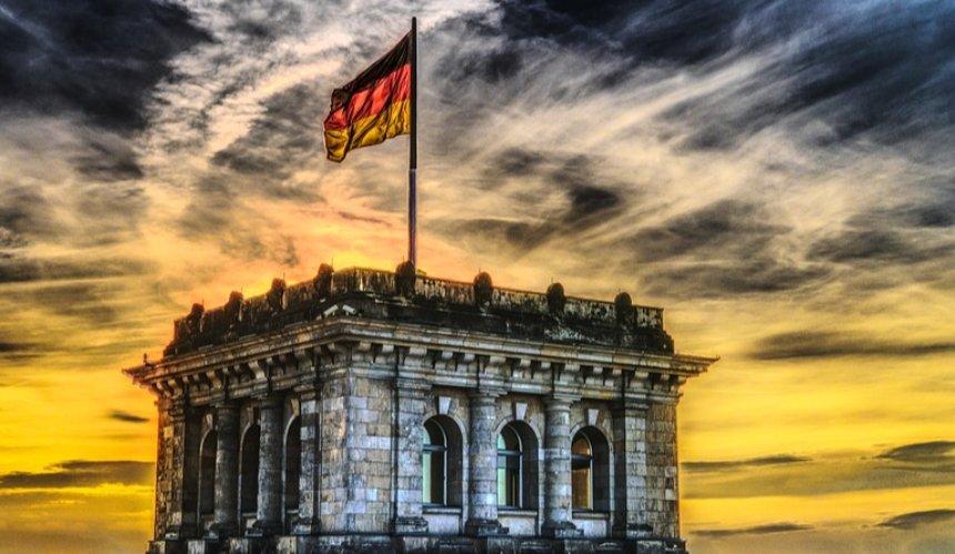 Германия открывает границы для туристов не из стан Евросоюза: подробности