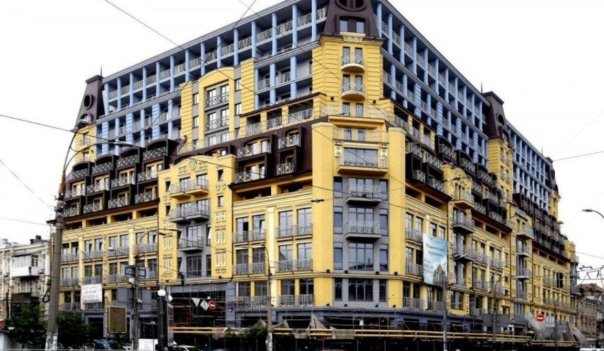 Верховный суд обязал ввести вэксплуатацию «дом-монстр» наПодоле