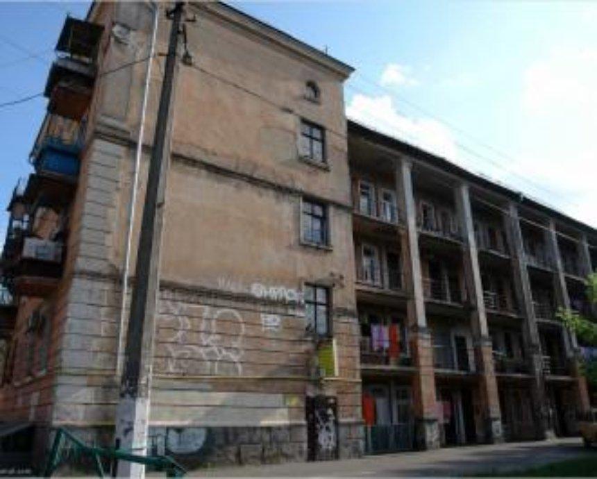 Вход через балкон: галерейные дома Киева