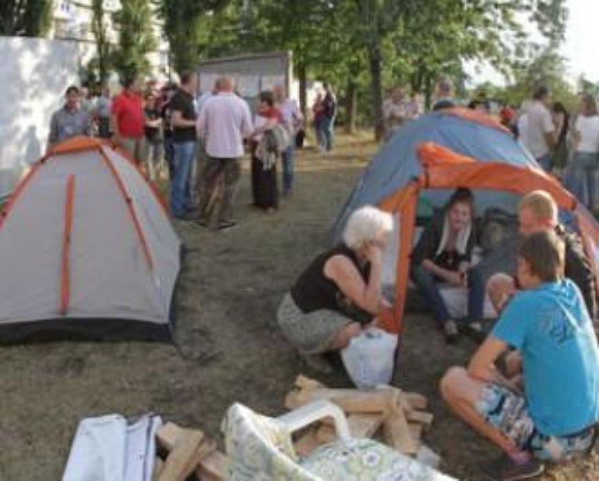 В многострадальном сквере на Березняках появится парк отдыха