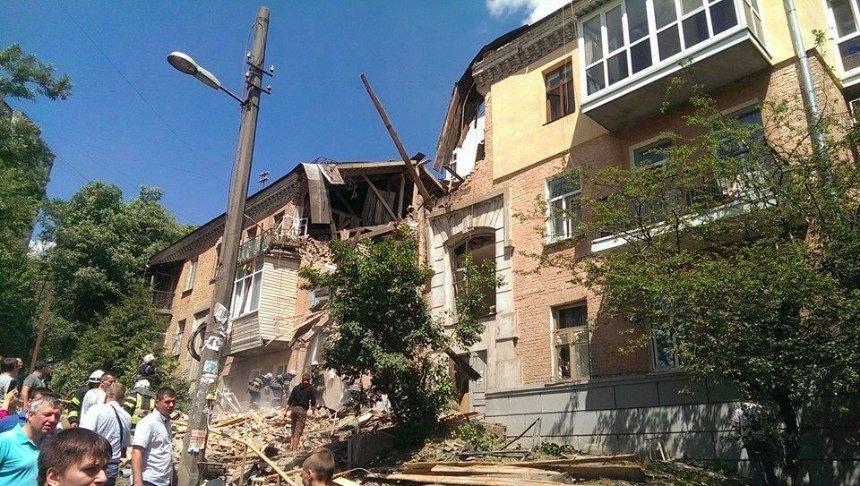 Взрыв в жилом доме на Голосеевском проспекте прогремел не из-за газа