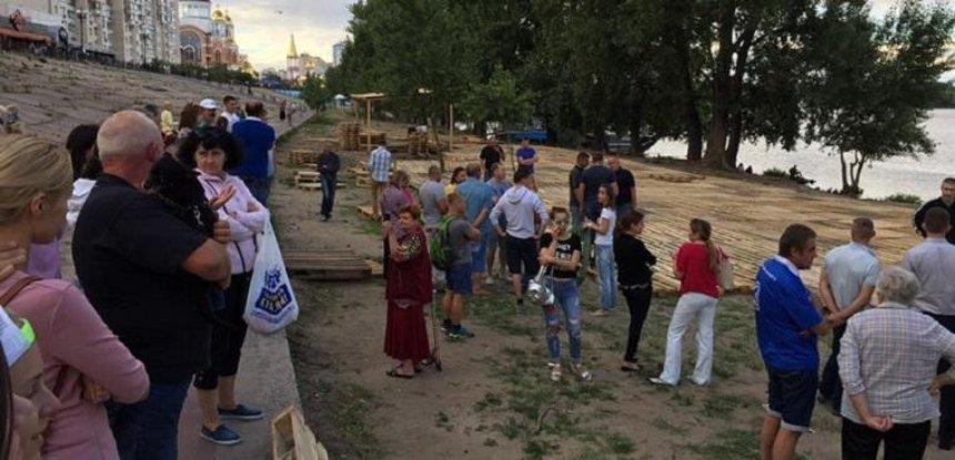 Киевляне предотвратили незаконную застройку на Оболонской набережной