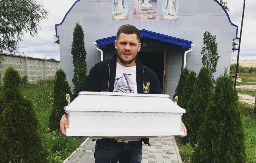У украинского боксера умер новорожденный ребенок