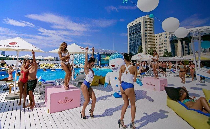 А я на морі: пляжи и пляжные клубы Киева