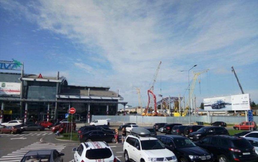 В аэропорту «Киев» начались работы по расширению международного терминала (фото)