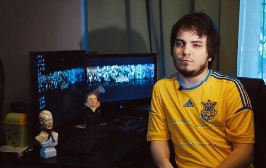 Известного видеоблогера из России внесли в базу «Миротворца»