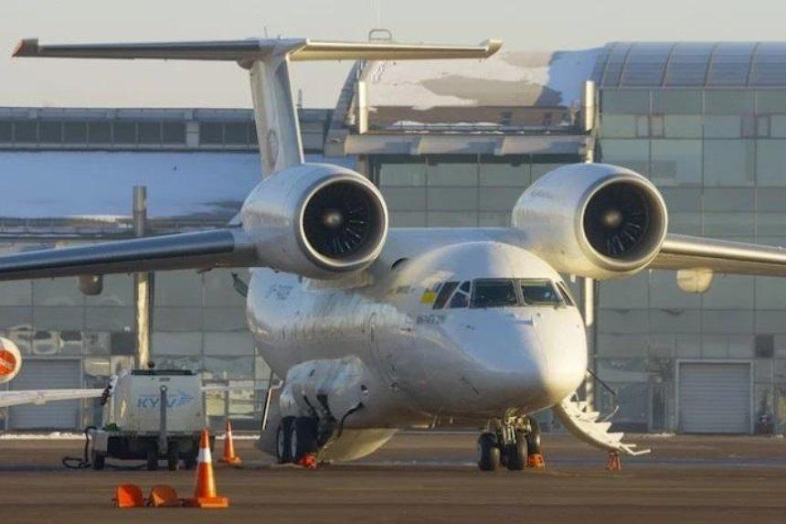 В столичном аэропорту возникли серьезные проблемы с отправкой рейсов