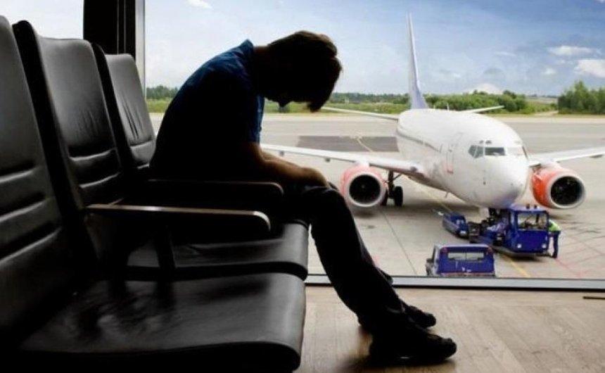 Украинские туристы снова не смогли вылететь из Турции