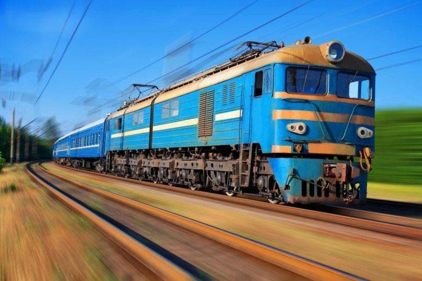 Более 20 пассажиров травмировались в поезде Киев— Бердянск